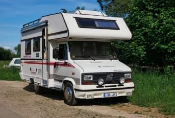 Wohnmobil mieten in Sankt Ingbert von privat | LMC Der kleine Lord