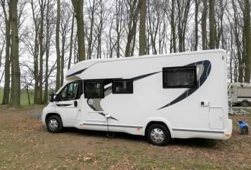 Wohnmobil mieten in Seligenstadt von privat | Chausson Lotte