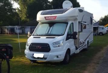Wohnmobil mieten in Kreuzau von privat | Ford Challenger Opa's Bester