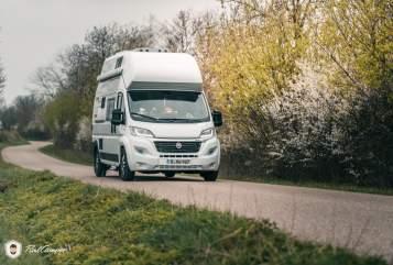 Wohnmobil mieten in Regensburg von privat | Pössl Erwin