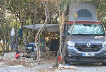 Wohnmobil mieten in Bergisch Gladbach von privat | Renault Trafic Trafiti