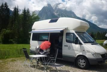 Wohnmobil mieten in Schwalbach von privat | Mercedes Sprinter James