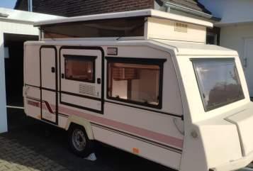 Wohnmobil mieten in Kamp-Lintfort von privat | Esterel Hubbi