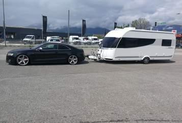 Wohnmobil mieten in Villach von privat | HOBBY Premium  JASILE