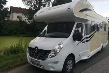 Wohnmobil mieten in Zwenkau von privat | Renault Master 3 130 dci Canada AE