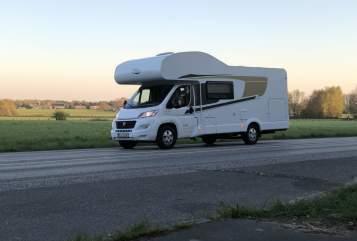 Wohnmobil mieten in Norderstedt von privat   Capron Carado mit FT