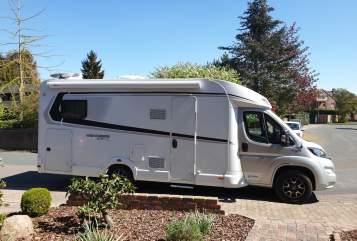 Wohnmobil mieten in Apelern von privat | Weinsberg WEINI