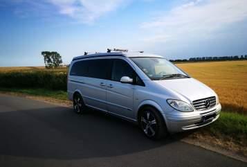Wohnmobil mieten in Neustadt in Holstein von privat | Mercedes Buddy
