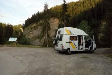 Wohnmobil mieten in Rudolfsheim-Fünfhaus von privat | Renault Ronnie
