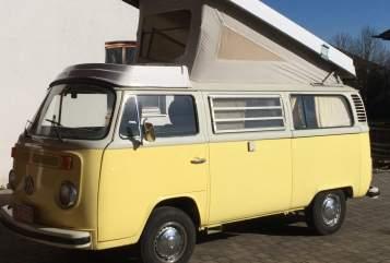 Wohnmobil mieten in Unterhaching von privat | VW T2 Oldiecruiser