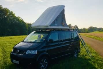 Wohnmobil mieten in Donaueschingen von privat   VW T5 T5 Black Camper