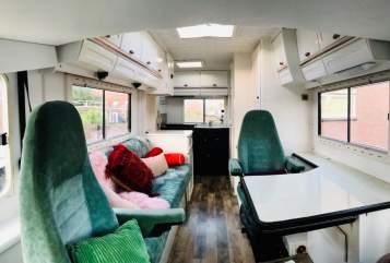 Wohnmobil mieten in Den Haag von privat   Hymer Bella Wanderbus