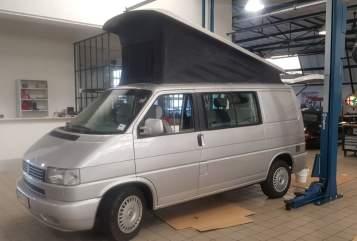 Wohnmobil mieten in Voorburg von privat   VW Camper California Grey
