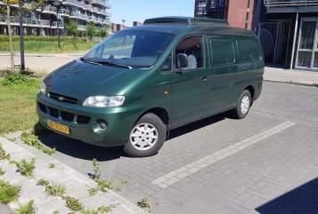Wohnmobil mieten in Heerhugowaard von privat | hyuandia h200 camperbus