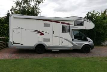 Wohnmobil mieten in Kaltenkirchen von privat | Ford Eli