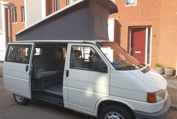 Wohnmobil mieten in Utrecht von privat   VW VW T4 Westfalia