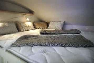 Wohnmobil mieten in Güglingen von privat | Ahorn Traum-Ahörnchen