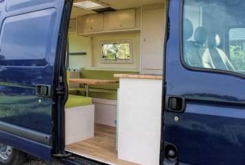 Wohnmobil mieten in Gemert von privat | Renault Blauwe Barrie