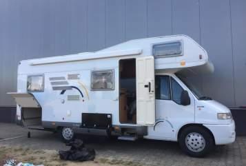 Wohnmobil mieten in Amersfoort von privat | Hymer Hymer Camper