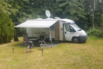 Wohnmobil mieten in Hengelo von privat | Weinsberg Be Free