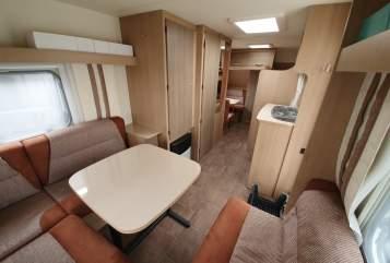 Wohnmobil mieten in Kaltenkirchen von privat | Bürstner Familien(t)raum