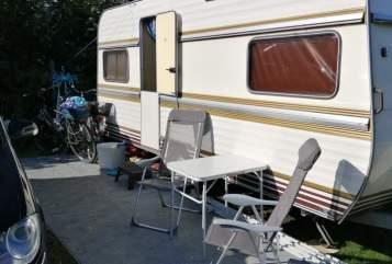 Wohnmobil mieten in Osterrönfeld von privat | Hobby  Oldie27