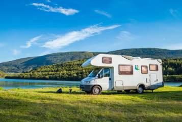 Wohnmobil mieten in Hengelo von privat | Knaus Olly