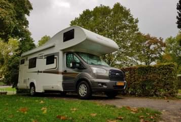 Wohnmobil mieten in Harderwijk von privat | Roller Team A02 Roller Team A02