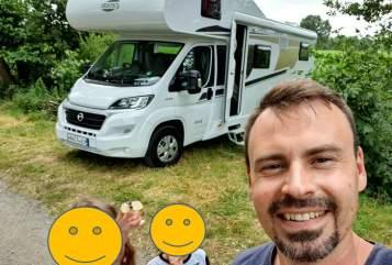 Wohnmobil mieten in Calden von privat | Carado Heiny NEU 2019