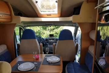 Wohnmobil mieten in Dordrecht von privat   Burstner Omnibus