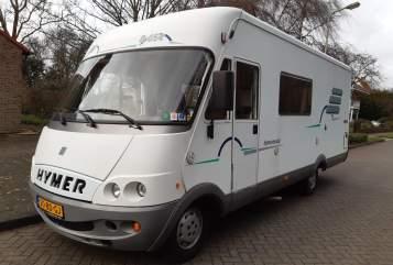 Wohnmobil mieten in Ridderkerk von privat | Fiat Hymer B654