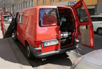 Wohnmobil mieten in Donaustadt von privat   Volkswagen BDUL Mobil