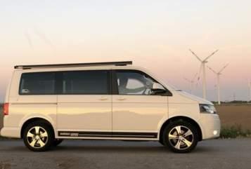 Wohnmobil mieten in Raa-Besenbek von privat | VW VW Bulli HARVEY