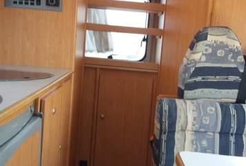 Wohnmobil mieten in Kämpfelbach von privat | Knaus Knausi
