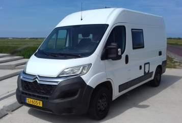 Wohnmobil mieten in De Waal von privat | Clever Possl Texel Camper