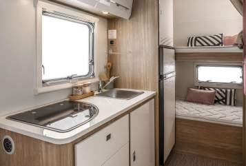 Wohnmobil mieten in Kirchberg ob der Donau von privat | Rimor Alkoven Family
