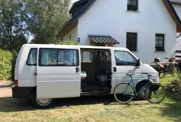 Wohnmobil mieten in Hamburg von privat | VW T4 Bus
