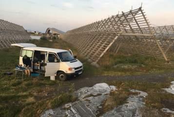 Wohnmobil mieten in Berlin von privat | VW Theo Vier