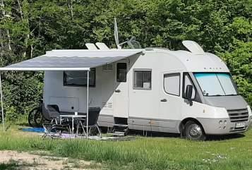 Wohnmobil mieten in Ratzeburg von privat | Laika Laika