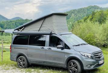 Wohnmobil mieten in Salzburg von privat   Mercedes 4x4 MY ROOM