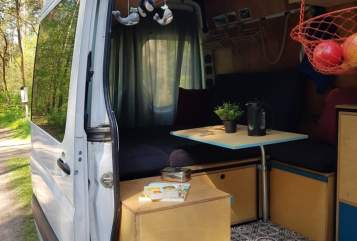 Wohnmobil mieten in Berlin von privat | Mercedez Benz  Rudiboy
