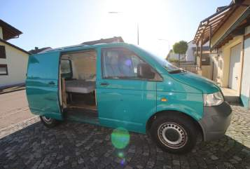 Wohnmobil mieten in Linz von privat | Volkswagen Charly