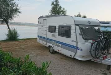 Wohnmobil mieten in Mainz von privat | Hobby  Hobby De Luxe 400 mit 100 Km/h Zulassung