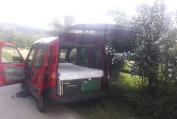 Wohnmobil mieten in Freiburg im Breisgau von privat | Renault Kangoorossa