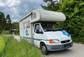 Wohnmobil mieten in Linz von privat | Ford Ford Alkoven