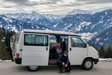 Wohnmobil mieten in Innsbruck von privat | Volkswagen WHITE PEARL