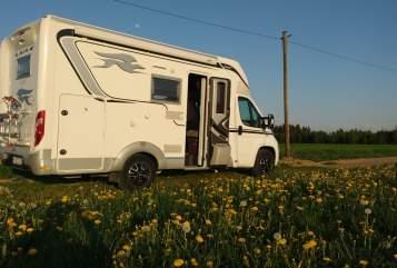 Wohnmobil mieten in Wolfertschwenden von privat | Laika  Dolce Vita