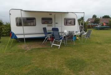 Wohnmobil mieten in Leerbroek von privat   Knaus Familie caravan le soleil