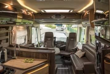 Wohnmobil mieten in Troisdorf von privat | Knaus  Dickschiff