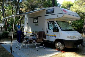 Wohnmobil mieten in Bad Segeberg von privat | Eura Mobil Lotte